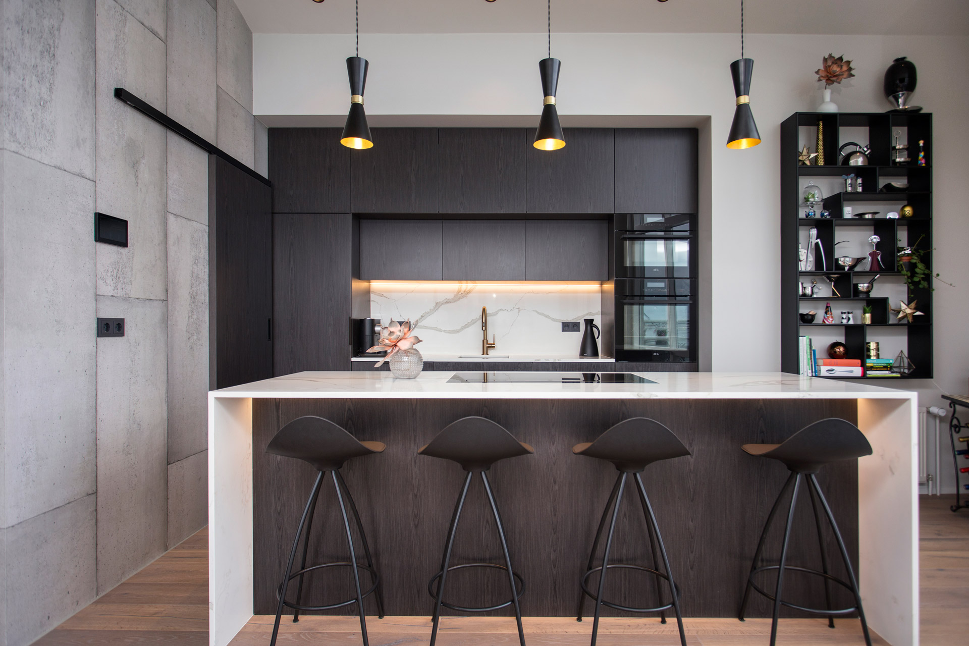 Five Contemporary Chandeliers for above your Kitchen Island