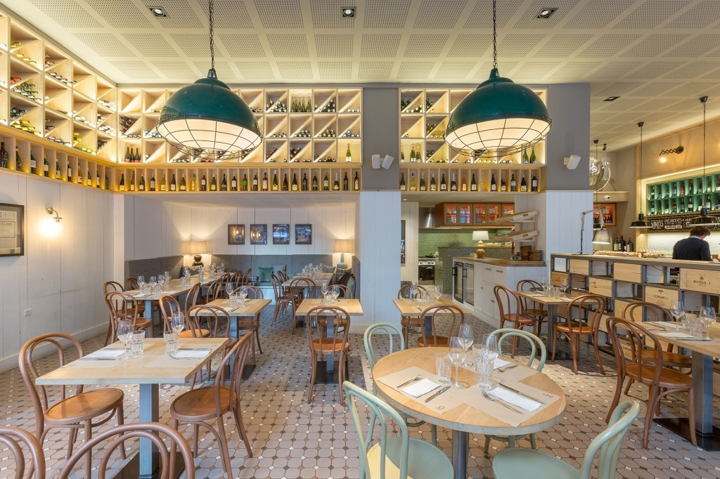 Five simple restaurant lighting design tips that everyone should follow