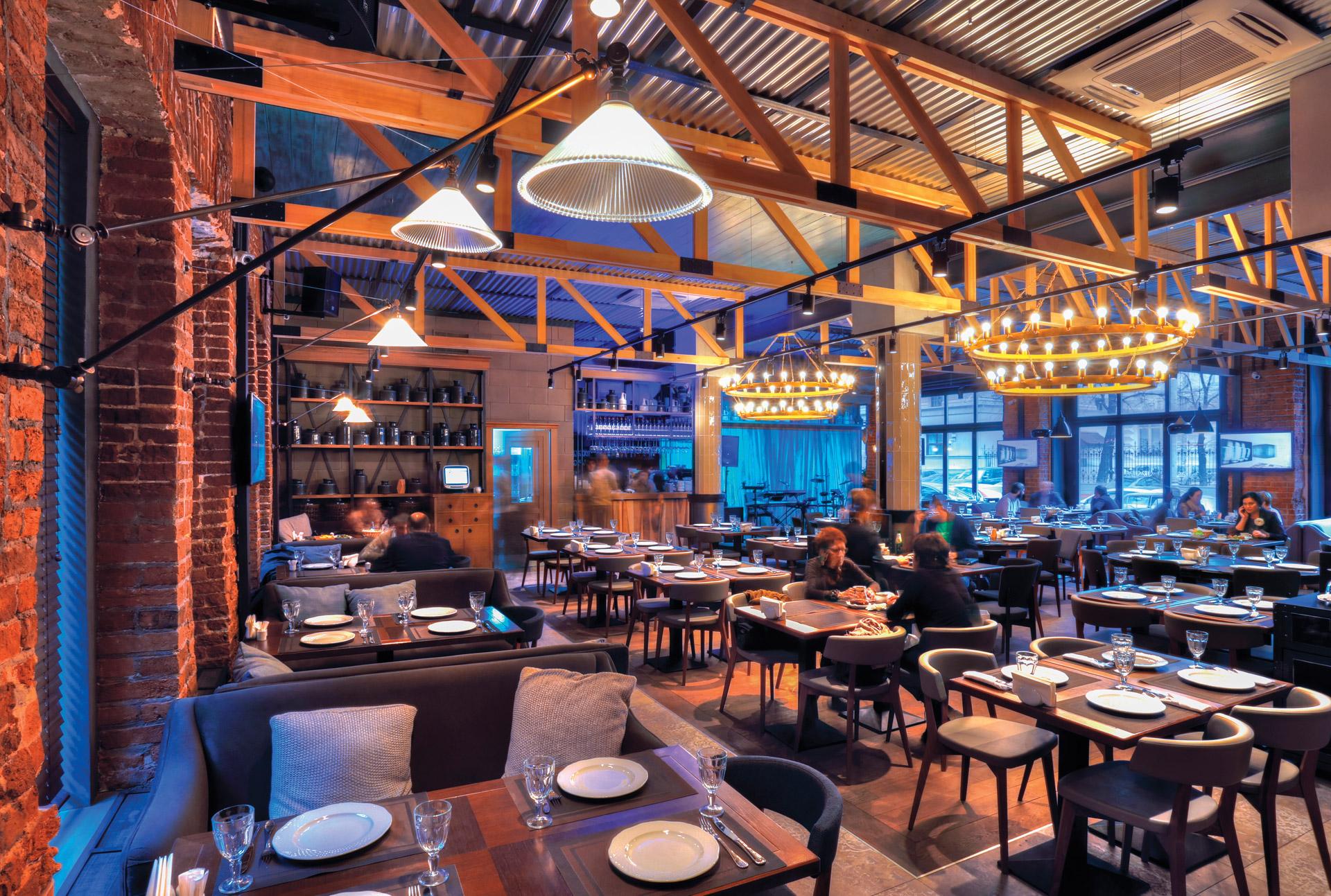 A careful selection of industrial restaurant lights at Café Khinkalnaya, Moscow